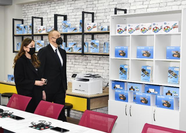Ilham Aliyev and First Lady Mehriban Aliyeva viewed conditions created at school-lyceum No 3 in Khirdalan city
